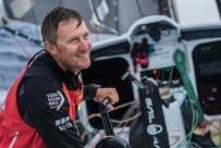 SHK/Scallywag , Volvo Ocean Race, член экипажа британец Джон Фишер упал за борт