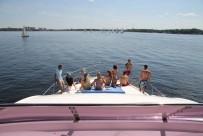 Аренда яхты на 20 человек